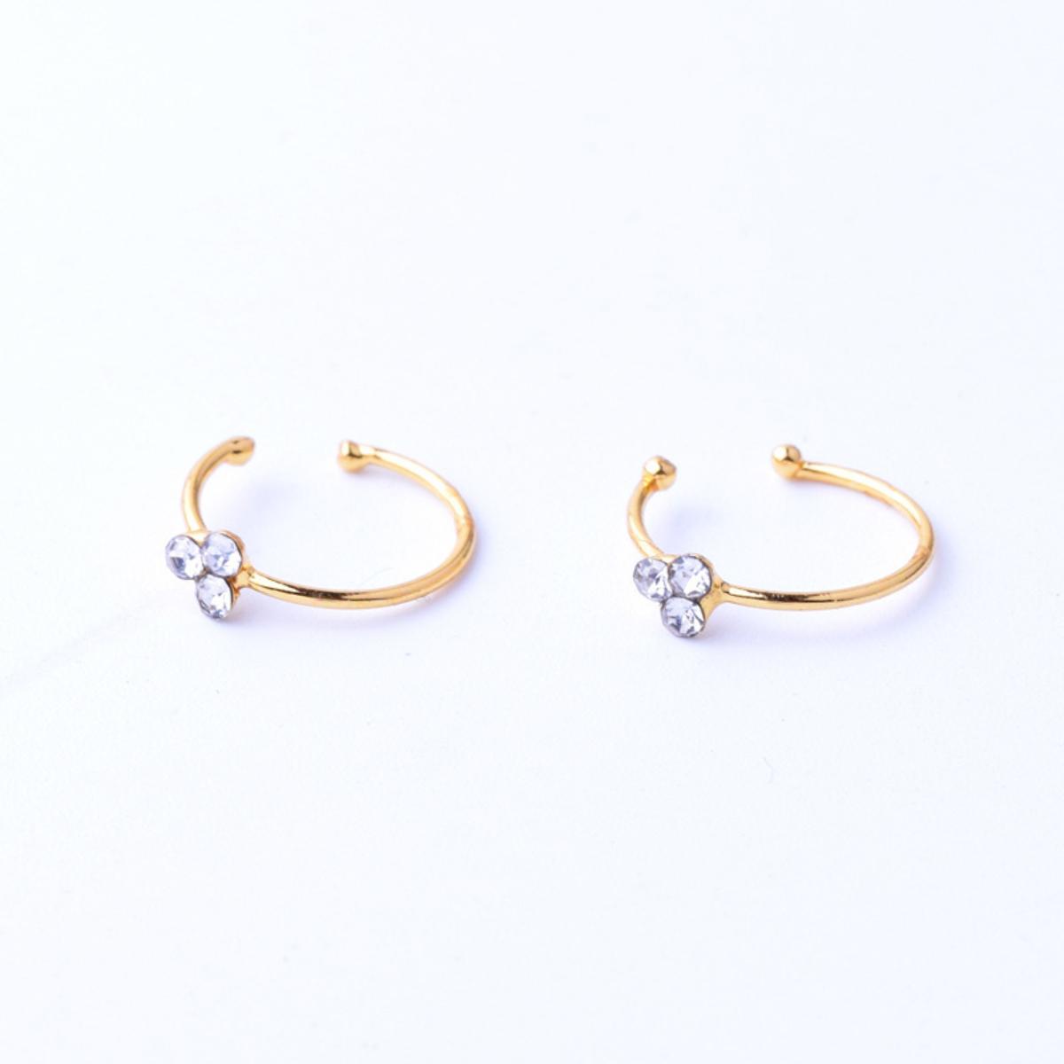 A & ONE Apró Fehér Strasszos Arany Színű Orvosi Acélból Készült Orr Piercing