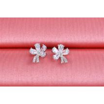 Xuping Ezüst szinü rozsda mentes acélból készült női fülbevaló strasszkővel és virágmintával