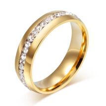 Arany színű rozsdamentes acélból készült gyűrű