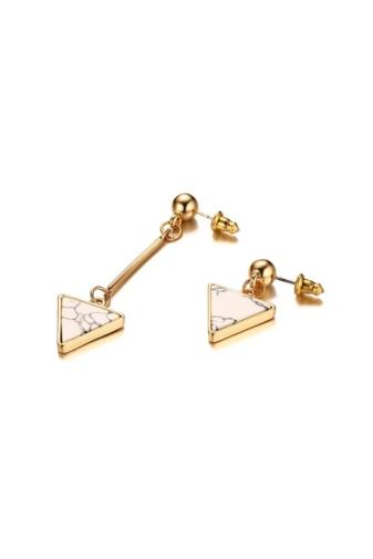 Kép 3/6 - A & ONE Arany színű rozsdamentes acélból készült fülbevaló háromszög alakú dísszel
