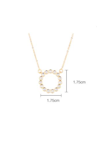 Kép 6/6 - Xuping Arany színű rozsdamentes ötvözetből készült strasszos nyaklánc kör alakú medállal