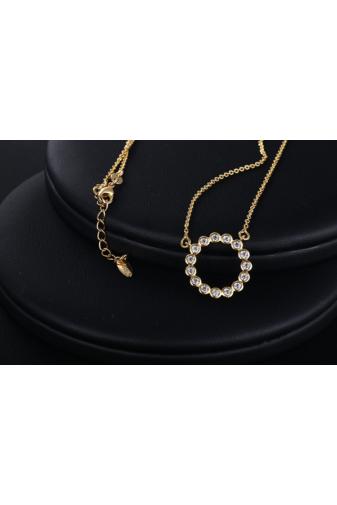 Kép 3/6 - Xuping Arany színű rozsdamentes ötvözetből készült strasszos nyaklánc kör alakú medállal