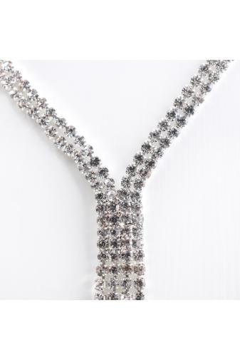 Kép 2/2 - A & ONE Ezüst színű extra hosszú női nyaklánc strasszokkal