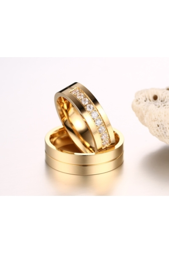 Kép 4/4 - A & ONE Arany Színű Rozsdamentes Acél Karikagyűrű Cirkónia Kővel - Női