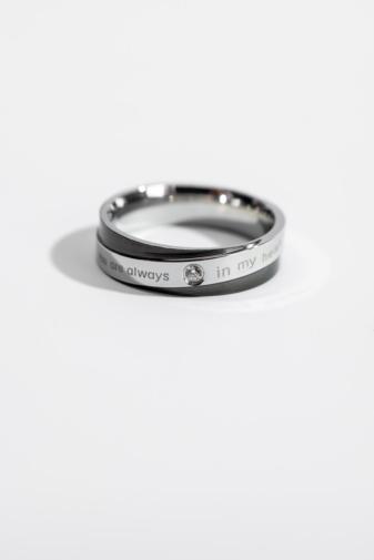Kép 1/2 - A & ONE Ezüst-Fekete Színű Cirkónia Kő Díszítésű  Gyűrű-6