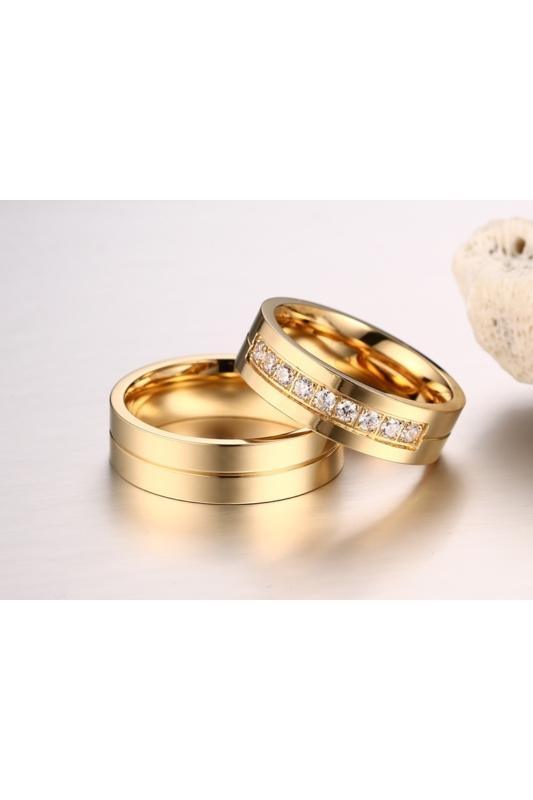 A & ONE Arany Színű Rozsdamentes Acél Karikagyűrű Cirkónia Kővel - Női