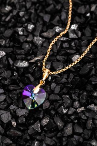 A & ONE Arany Színű Titániumból Készült Színjátszós Swarovski® Köves Szivecskés Nyaklánc