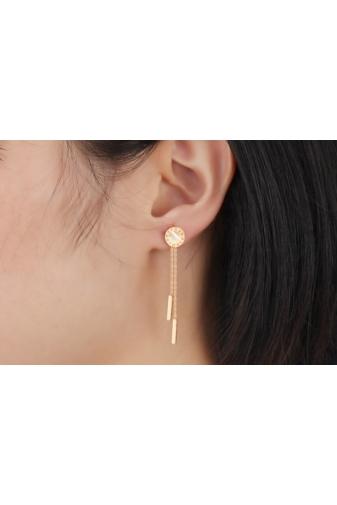 Kép 6/6 - A & ONE Rózsaarany színű rozsdamentes acélból készült lógós fülbevaló, kagyló színű középső résszel.