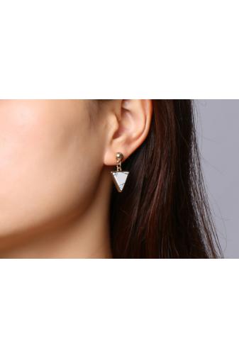 Kép 6/6 - A & ONE Arany színű rozsdamentes acélból készült fülbevaló háromszög alakú dísszel