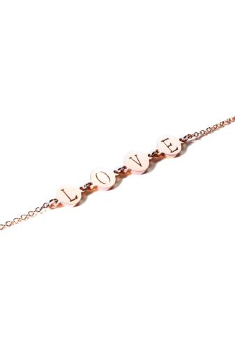 Kép 3/6 - A & ONE Love felirattal díszített rozsdamentes acélból készült rózsaarany színű bokalánc.