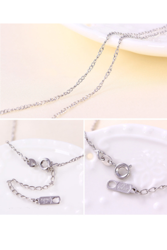 Kép 3/5 - Xuping Ezüst színű rozsdamentes ötvözetből készült nyaklánc strasszos medállal