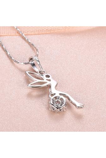 Kép 3/4 - Xuping Ezüst színű rozsdamentes ötvözetből készült nyaklánc strasszos tündéres medállal