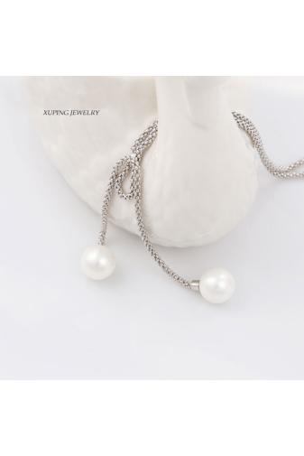 Kép 3/3 - Xuping Ezüst színű rozsdamentes ötvözetből készült nyaklánc gyönggyel díszítve