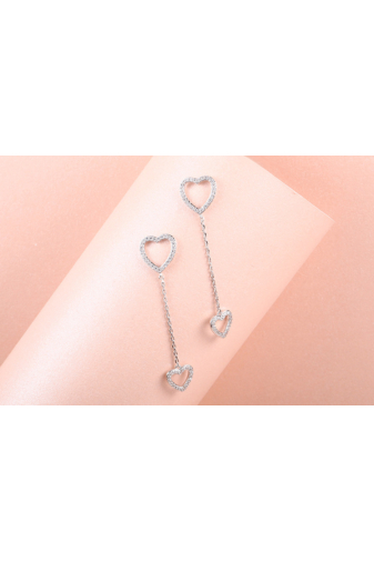 Kép 1/4 - Xuping Ezüst színű rozsdamentes acélből készült strasszos lógós fülbevaló szívecskés medállal