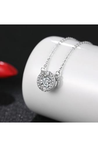 A & ONE Ezüst nyaklánc strasszal díszített kerek medállal, közepén kővel