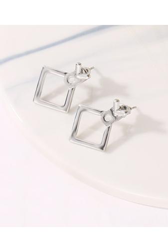 Kép 1/3 - A & ONE Egyedi Ezüst színű négyzet alakú fülbevaló
