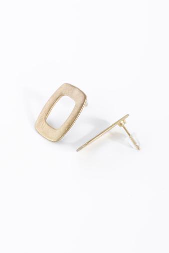 Kép 2/2 - A & ONE arany színű rusztikus ovális fülbevaló