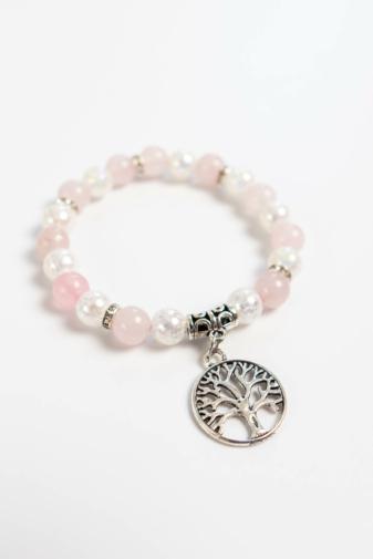 Kép 2/3 - A & ONE Fehér-Rózsaszín Fa Medálos Női Karkötő