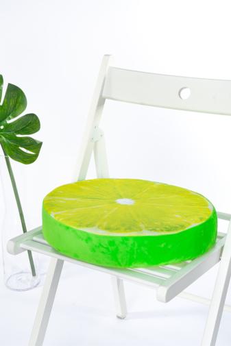 Kép 2/3 - A & ONE Lime mintájú puha plüss székpárna