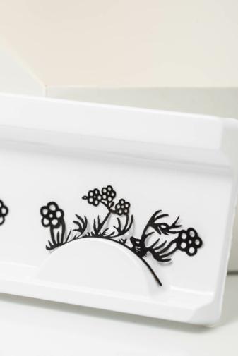 Kép 1/2 - Fekete Virágmintákkal Díszített Soros Műszempilla
