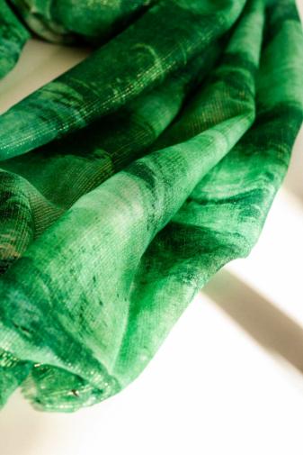 Kép 3/5 - A & ONE Zöld Színű Csillogó Őszi Sál