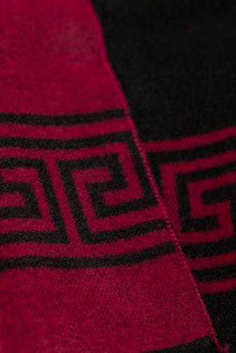 Kép 2/4 - A & ONE Fekete-Piros Férfi Sál Apró Rojtokkal