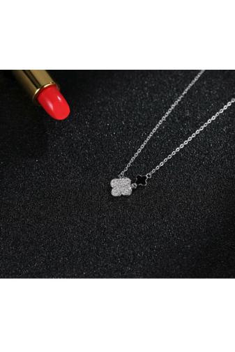 Kép 2/2 - Lucky Dream: Ezüst Nyaklánc Négylevelű Lóhere Medállal És Fülbevalóval Cirkónia Kövekkel