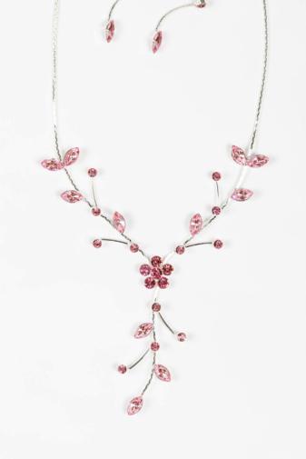 Kép 1/4 - A & ONE Női Ezüst Színű Rózsaszín Cirkónia Kövekkel Kirakott Nyaklánc És Fülbevaló