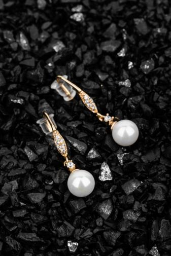 Kép 2/2 - Xuping Arannyal Bevont Fülbevaló Cirkónia Kövekkel És Fehér Gyönggyel