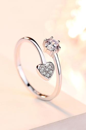 Kép 1/4 - A & ONE Állítható, Szívecskével, Cirkónia Kövekkel Díszített, S925 Ezüst Gyűrű - Női