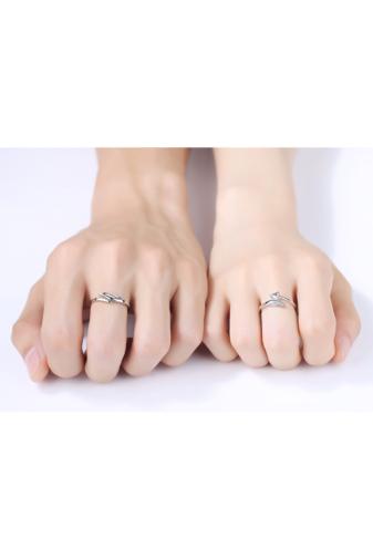 Kép 2/4 - A & ONE Állítható, Cirkónia Kövekkel Díszített Szív És Szárny Alakú S925 Ezüst Gyűrű - Női