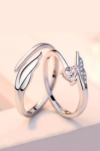 Kép 1/4 - A & ONE Állítható, Cirkónia Kövekkel Díszített Szív És Szárny Alakú S925 Ezüst Gyűrű - Női