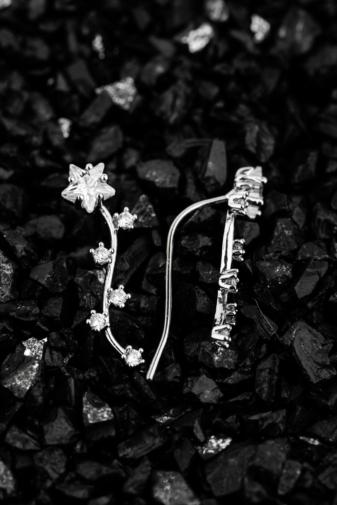 Kép 2/2 - A & ONE Ezüst Színű, 18K Arannyal Bevont Csillagos Cirkónia Köves Fülbevaló