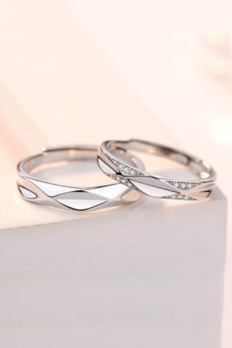 Kép 1/2 - A & ONE Állítható, Minimalista S925 Ezüst, Pici Cirkónia Köves Gyűrű - Női