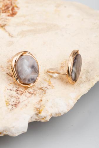 Kép 3/3 - A & ONE arany-szürke színű köves, márványos fülbevaló