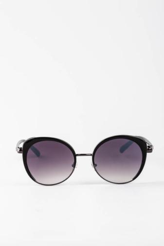 Kép 1/3 - A & ONE Fekete Enyhén Cicás Szürkés Csillámos Díszítésű Különleges Napszemüveg