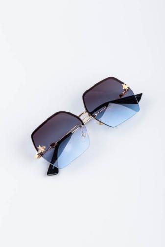 Kép 3/4 - A & ONE Kék Nagy Szögletes Lencséjű, Arany Szárú Napszemüveg