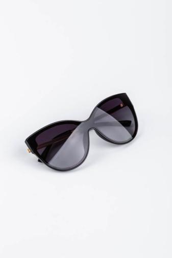 Kép 3/3 - A & ONE Fekete Cicás Nagy Méretű Arany Szárú, Fekete Lencsés Napszemüveg