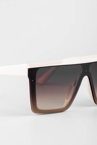 Kép 2/3 - A & ONE Bézs, Barna Lencsés Nagy Méretű Szögletes Napszemüveg