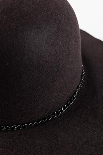 Kép 3/3 - Divatos Fekete Filc Kalap Grafitszürke Láncos Díszítéssel