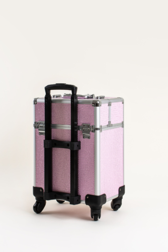 Kép 3/7 - Rózsaszín Csillogós, Zárható Gurulós Sminkes Bőrönd Kinyitható Rekeszekkel