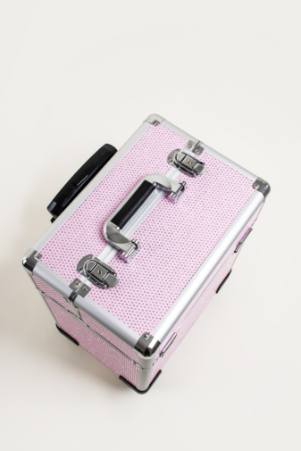 Kép 7/7 - Rózsaszín Csillogós, Zárható Gurulós Sminkes Bőrönd Kinyitható Rekeszekkel