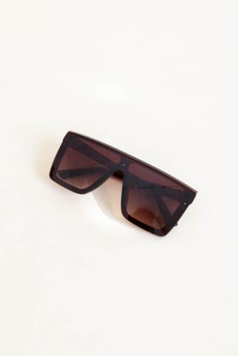 Kép 4/4 - A & ONE Barna Nagy Méretű Szögletes Napszemüveg