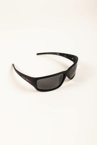 Kép 2/3 - A & ONE Matt Fekete Keretes Fekete Polarizált Lencsés Uniszex Napszemüveg