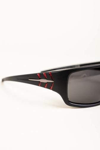 Kép 3/3 - A & ONE Matt Fekete Keretes Fekete Polarizált Lencsés Uniszex Napszemüveg