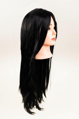 Kép 2/3 - Fekete Hosszú Egyenes Szintetikus Paróka Frufruval - 75 cm