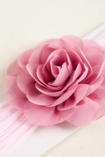 Kép 2/4 - A & ONE Világos Rózsaszín Rugalmas Baba Hajpánt Virág Dísszel