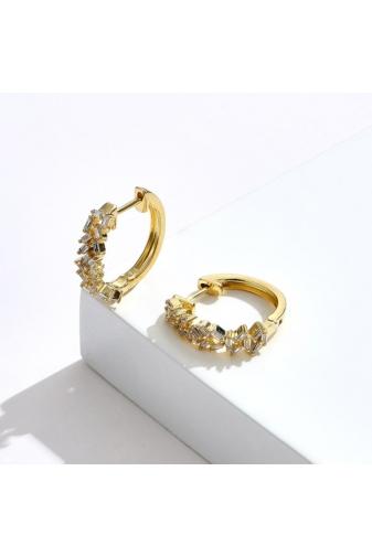 Kép 3/4 - A & ONE Arany Színű Aranyozott Réz Kicsi Karika Fülbevaló Téglalap Alakú Cirkónia Kövekkel