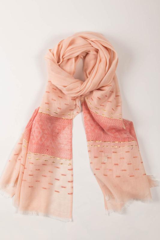 Rózsaszín Többszínű Geometriai Mintás Aranyszállal Díszített Vékony Textil Sál