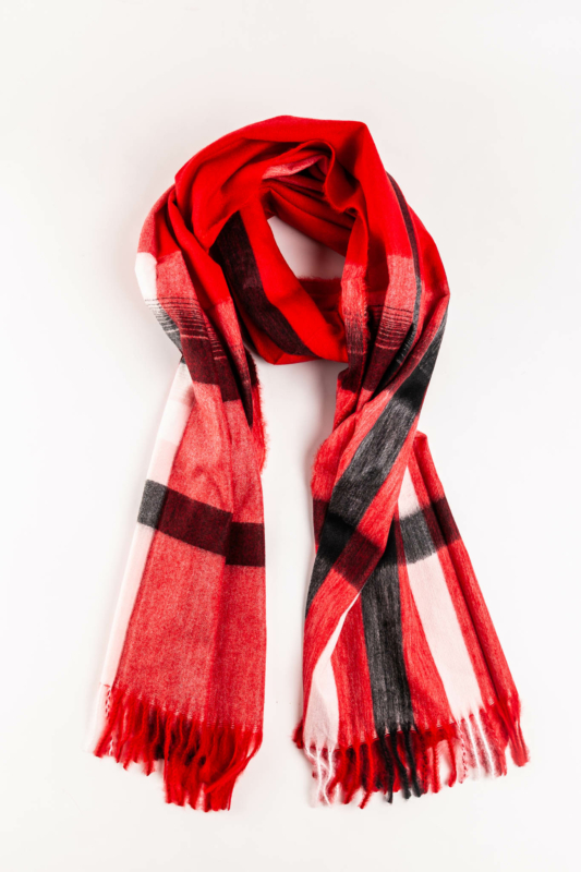 A & ONE Piros Alapszínű Vastag Kockás Téli Sál